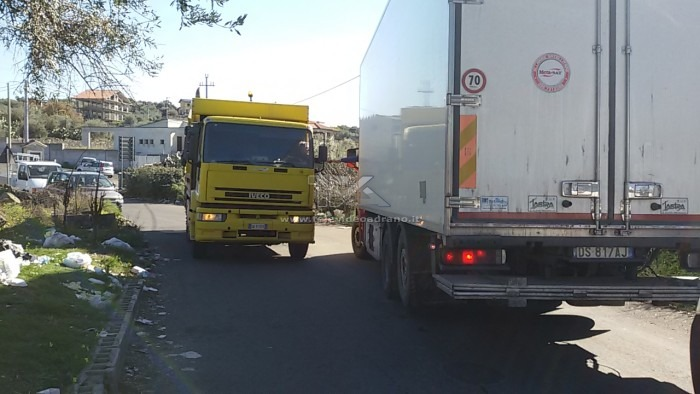 due camion